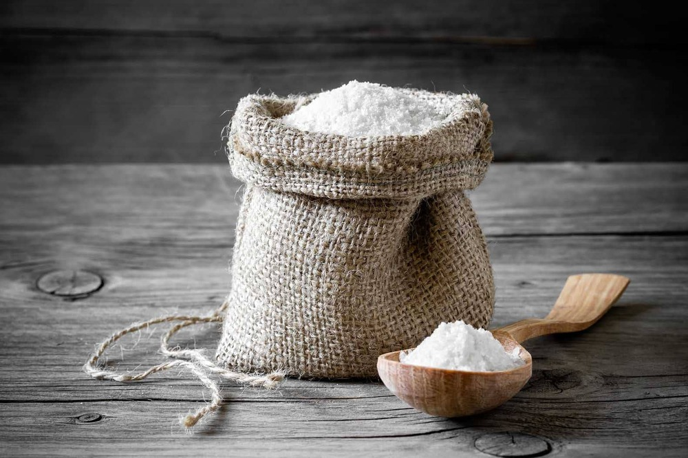 Очищение солью от приворота и сглаза